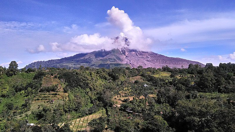 Volcán Sinabung (Indonesia)